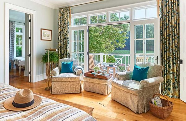 This colonial Lake Wylie home features lots of natural light and open spaces by Charlotte Interior Designer, Lynn Blackwell.