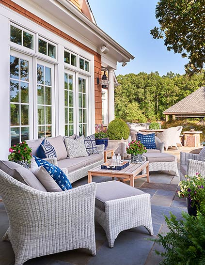 Relaxing patio area with lots of seating on Lake Wylie in South Carolina.